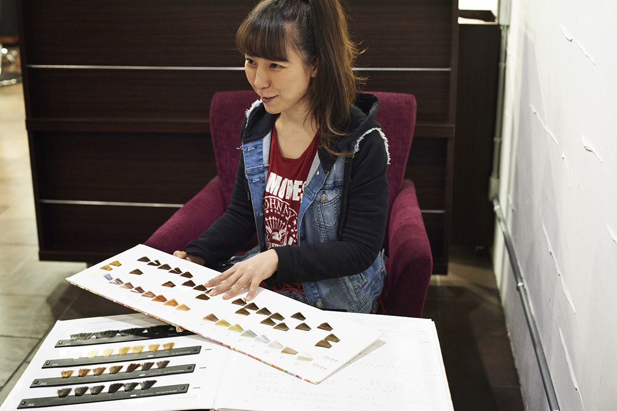 Interview with our customer The fourth interview  Hiroko Ando Colorist natal hair design